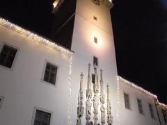 旧市庁舎もライトアップ