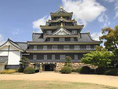 少し時間があったので、岡山城に寄り道。