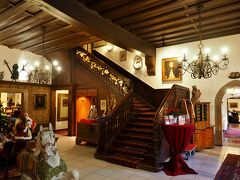ホテル アイゼンフート/Hotel Eisenhut 宿泊したホテル、町の迎賓館的存在だとか。
