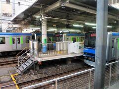 ・柏駅 東武野田線(東武アーバンパークライン)は、大宮駅と船橋駅を結ぶ路線です。 野田線は古い車両[8000系]のイメージが強かったですが、いつの間にか新型車両[60000系]を導入していました。