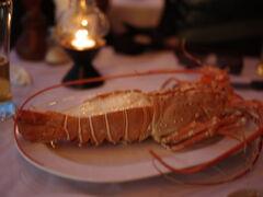 「Sala Thai Restaurant」で夕食にロブスターとバラクーダ