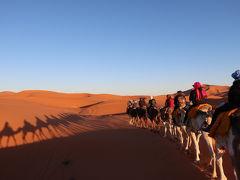 2日目、17:00ラクダでサハラ砂漠のキャンプサイトへ向かいます