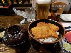 第二夕飯はココ 新潟名物タレかつ丼 政家さんはかなり有名なお店  駅南店はドンキホーテ内にあります。  甘辛いタレに入ったカツはご飯にピッタリ!! やっぱ米どころ新潟 コメがウマイ  ごちそうさまでした。