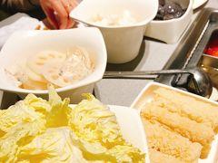 この手前にあるのが、白菜の小さいやつなんだけど。 本当に美味しい。 日本では、私は、見たことがない。