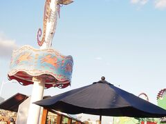 サンタモニカピアといえばこちらの遊園地!パシフィックパーク! 10年前に来た時も変わらない、アメリカのオールドスタイルな遊園地です。