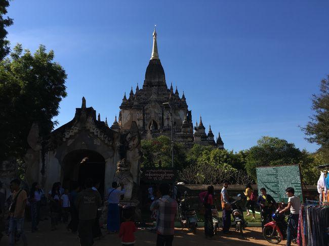 7か所目、ゴドーパリィン寺院。バガンで2番目に高い寺院。高さ55mの塔が美しい姿を保持している。