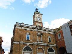 ポポロ広場 時計台