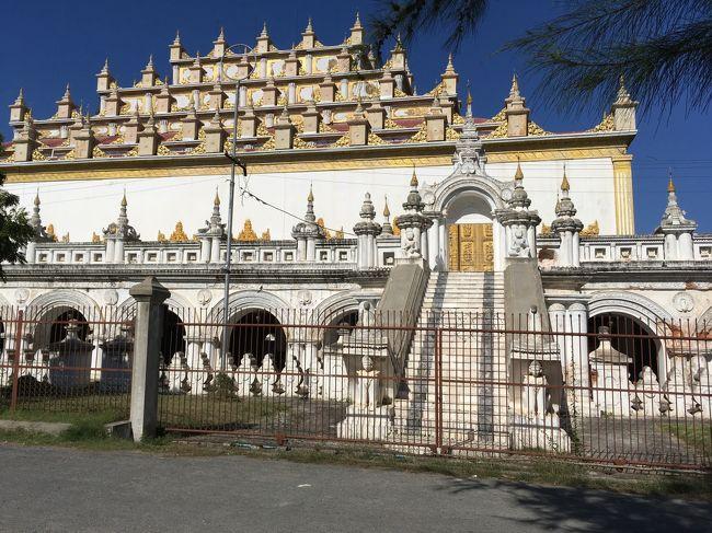 アトゥーマシー僧院<br /><br />建物はやたら大きい。
