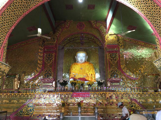仏像を電球で彩るのは止めようよ。<br />東南アジア、南アジアでよくみられる風景だけど、仏像が安っぽく見える。<br />ブッダだって望んでいないよ。