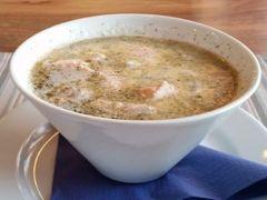 カウニスパー山頂レストランでサーモンスープを。めっちゃウマ(*^^*)