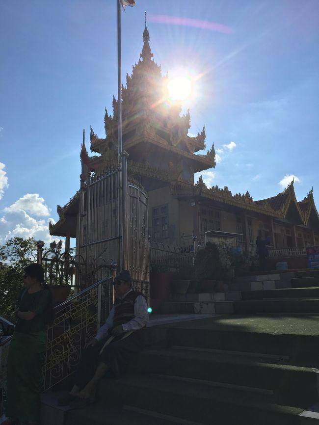 只今、2018年12月30日午後2時。<br />タオ族の村を出て、30分ほど走る。<br />到着したのは、シュエポンプインパゴダ。<br />タウンジーにある由緒ある寺。