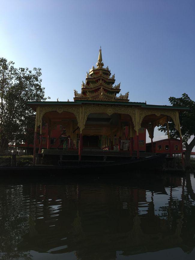 お寺さんもある。