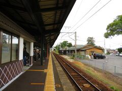 旅館の送迎バスで、玉造温泉駅に着いた。