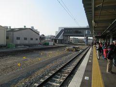 諫早駅はちょうど新幹線建設のための工事が行われているようでこんな感じに広い空間ができていました。