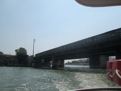 2番は大回りしてリベルタ橋のほうから駅までに戻ります