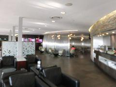 早朝にヨハネスブルグ空港に到着。南アフリカ航空のラウンジでシャワー浴びて、