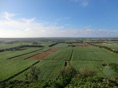 うわぁ~! すばらしい眺めだ。  島内の70%を大パノラマで見渡すことができます。
