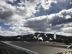 たった1時間、あっという間に軽井沢に到着!天気はいいけど、やっぱり寒い!