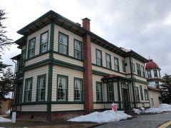 次は旧東奥義塾外人教師館です。