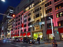 三越日本橋本店のライトアップ。