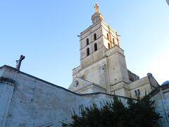 Notre Dame des Doms d'Avignon の塔 この塔も登れない たぶん。