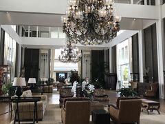 カハラホテルはゴージャスで落ち着いた感じのホテルでした。
