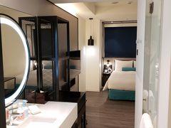 今回選んだホテルは龍山寺駅徒歩5分の「シーザーメトロ台北」です。 5つ星ホテルにするには滞在が短いのでもったいないな、と思ってこちらに。1泊1万2000円程度でした。開業間もないのでたいへんきれいです