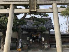 ひがし茶屋街の中にあった菅原神社。 こちらはひがし茶屋街の芸妓たちの鎮守の神として 崇められたそうです。