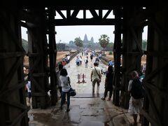 王の門から観た塔