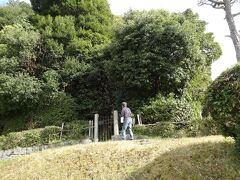その近くにあるのは、文武天皇の古墳だが、