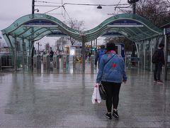 ●トラム カバタシュ駅  ホテルの最寄り駅からトラム1号線終点のカバタシュ駅までやって来ました。