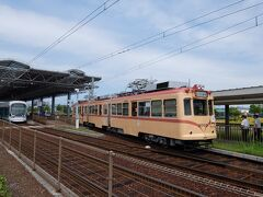 広島駅から路面電車で約1時間。 終点広島港にやってきました。均一運賃なので180円。