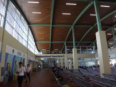 パングラオ・ボホール国際空港へ戻ってきました。 三菱商事と千代田化工建設が工事を請負。