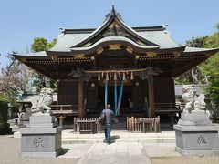 まずやってきたのは境内の下を新幹線が走る神社『赤羽八幡神社』