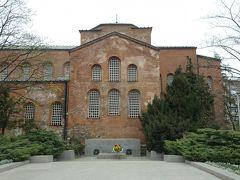 さらに近くには街の名の由来となった聖ソフィア聖堂