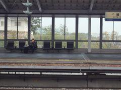 姫路城はアッという間で撮り切れず、次の駅で停車した際~福山城をチョット写してみます・・