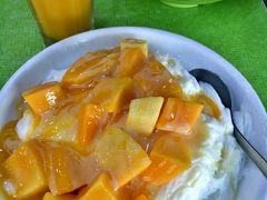フワフワなかき氷も、完熟マンゴーも美味しいに決まってる! ジュースも濃厚!