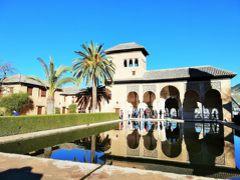 ナスル宮殿は終了してパルタル庭園に出ました。 太陽~~暖かい~~