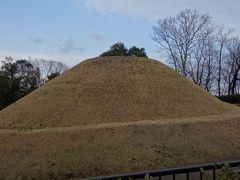 高松塚古墳は、昭和に入ってから極彩色の壁画が発見され、大きなニュースとなりました。