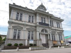 青森銀行記念館へ