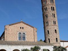 サンタポリナーレ ヌオヴォ聖堂の塔は登れなかった