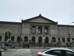 ランチを済ませた後は、シカゴ美術館へ。