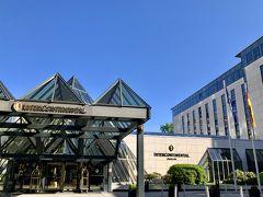 ホテルに到着♪  ベルリンはIHG系のホテルがいろいろあったのですが、なぜかインターコンチネンタルがお手頃な料金。  アンバサダー特典もあるし、3泊お世話になることにしました。