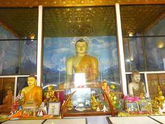 イスルムニア精舎のお釈迦様の像