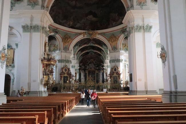 大聖堂内部正面