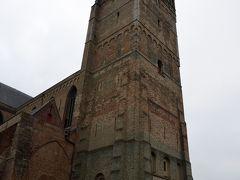 救世主大聖堂。ブルージュ西湖の教会で、12~13世紀のものだそうです。