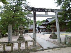 敷地内にある松江神社