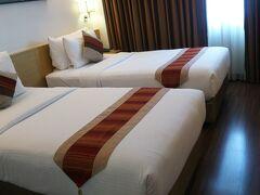 本日泊まるのはシティポイントホテルです。 アソーク駅からすぐでとっても便利!