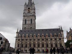 <鐘楼と繊維ホール> 本当は塔好きなので旅行中1度は上るのですが今回はお天気が悪く結果町全体の写真のない旅行記になりました。
