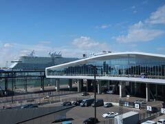 ヘルシンキ西ターミナル到着 トラムでホテルまで向かいます トラムはここが始発です